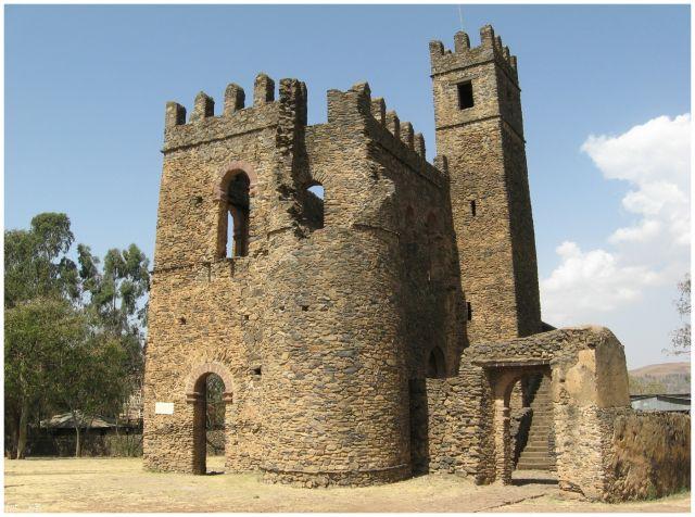 Zdjęcia: Gondar/Gonder, Etiopia Północna, Budowla z czasów Fasilidesa (1633-1667), ETIOPIA