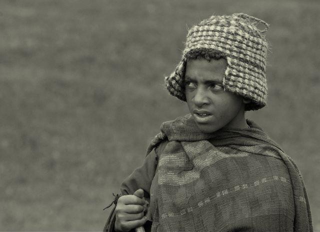 Zdj�cia: G�ry Simen, p�nocna Etiopia, pastuszek, ETIOPIA