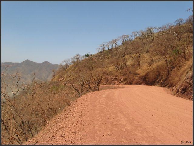 Zdjęcia: prowincja Tigre - między Adi Arkay a Shire, Etiopia Północna, Czerwona droga, ETIOPIA