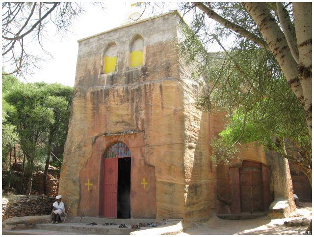 Zdj�cia: Wukro , Etiopia P�nocna-prow. Tigraj - mi�dzy Adigrat a Mekele, Ko�ci�ek w Wukro, ETIOPIA