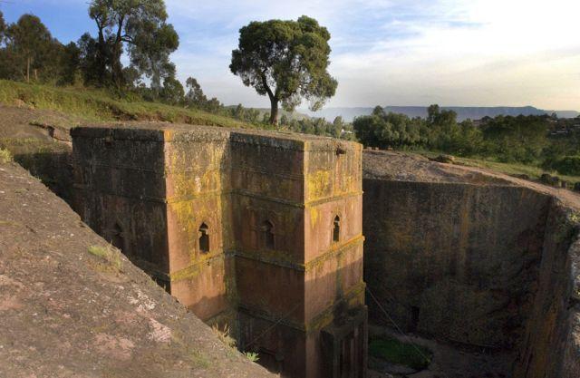 Zdj�cia: ko�ci� �w. Jerzego, Lalibela, Lalibela, ETIOPIA