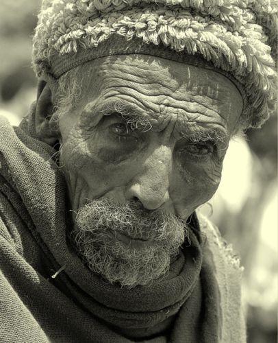 Zdj�cia:  napotkany po drodze , p�nocna Etiopia, senior, ETIOPIA