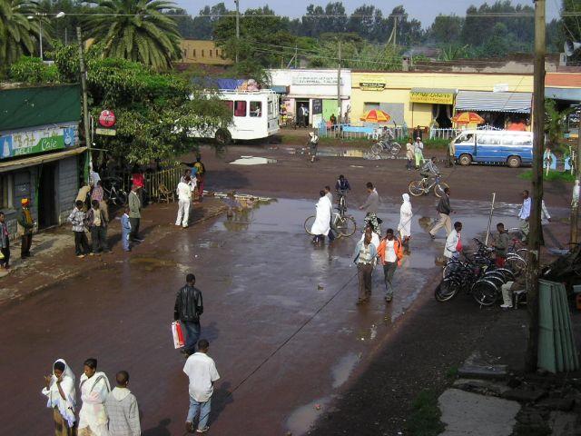 Zdjęcia: etiopia, ulica po deszczu w Bahar Dar, ETIOPIA