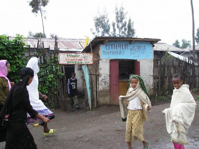 Zdjęcia: Lalibela, pyszna restauracja, ETIOPIA