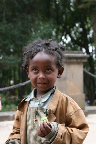 Zdj�cia: na ulicy w Adis, prawda, �e urocza ?, ETIOPIA