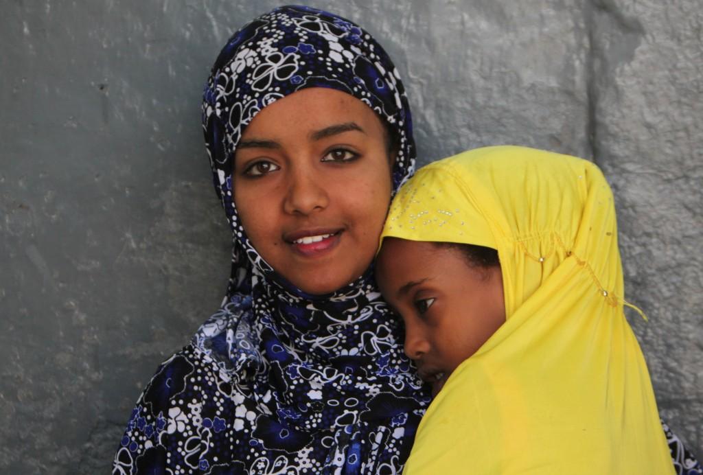 Zdjęcia: Harar, Harari, Siostry, ETIOPIA