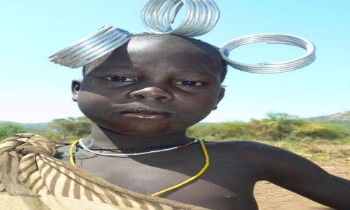 Zdjecie ETIOPIA / - / Dolina Omo / Dziecko Mursi'a
