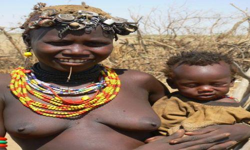 Zdjecie ETIOPIA / - / Dolina Omo / Mama.
