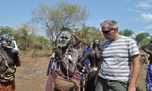 Zdjęcie ETIOPIA / Płd Etiopia  / Dolina rzeki Omo / Slicznotka z plemienia Mursi