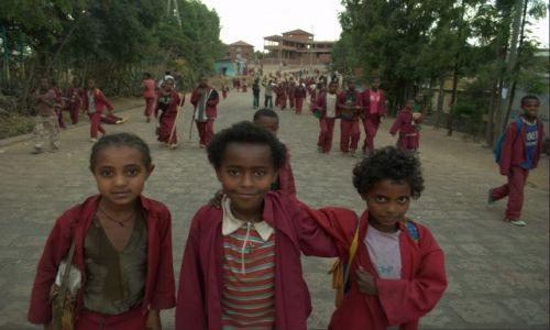 Zdjecie ETIOPIA / Płn Etiopia  / Lalibella / Juz po lekcjach