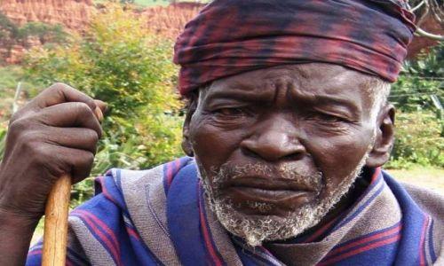 Zdjęcie ETIOPIA / Omo / Harta Motni / Pomóż...