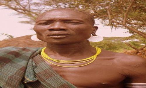 Zdjecie ETIOPIA / Dolina Omo / Wioska Murci / The Chieaf