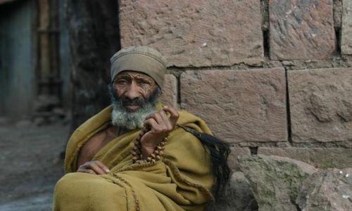 Zdjecie ETIOPIA / Na górze Entoto / Przed mauzoleum króla Menelika / Rysy twarzy