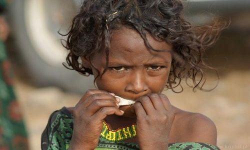 Zdjecie ETIOPIA / - / Denakilia / Afarska dziewczynka
