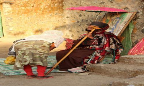 Zdjęcie ETIOPIA / Gondar / Gondar / poranne błogosławieństwo