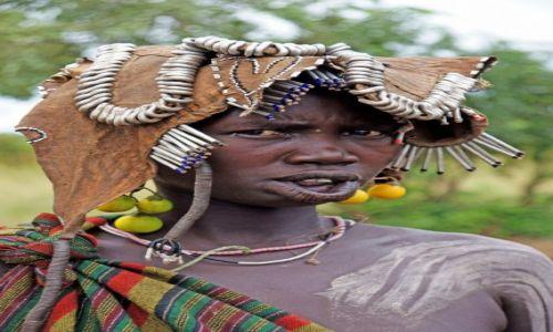 Zdjecie ETIOPIA / - / wioska plemienia Mursi / Konkurs_kobieta