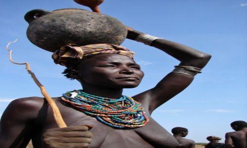 Zdjecie ETIOPIA / południe  / południe Etiopii / Kobieta w obiektywie podróżnika - Konkurs