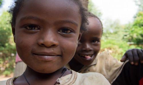 Zdjęcie ETIOPIA / Dolina Omo / Jinka / Bohater drugiego planu
