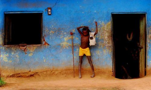 Zdjęcie ETIOPIA / Południowa Etiopia / Turmi / Czekając na...