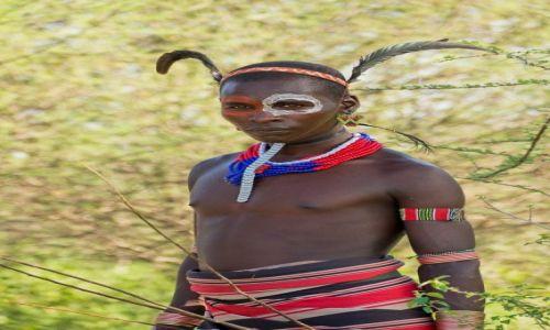 Zdjęcie ETIOPIA / Dolina Omo / wioska Hamerów / Hamerski wojownik
