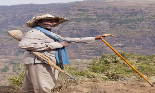 Zdjęcie ETIOPIA / Simien Mountains / Simien Mountains / Skaut do ochrony turysty