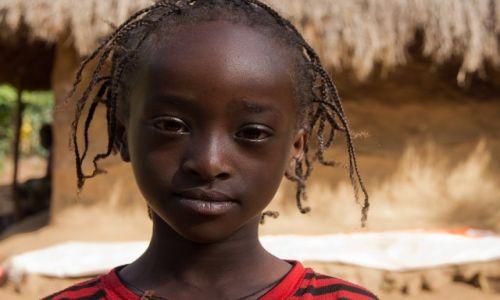 Zdjecie ETIOPIA / Dolina Omo / Dolina Omo / Piękność z niej wyrośnie