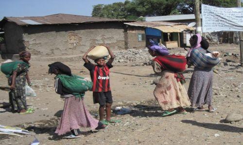 Zdjęcie ETIOPIA / Bahyr Dar / Na drodze / Wszyscy razem