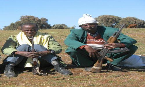 Zdjęcie ETIOPIA / - / Góry Siemen / Ci wspaniali mężczyźni i ich karabiny- strażnicy  z Gór Siemen