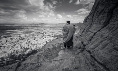 Zdjecie ETIOPIA / Tigray / Klasztor / Droga życia