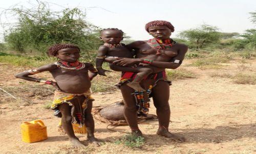 ETIOPIA / Dolina Omo / okolice Dimeka / Hamerka z dzie�mi