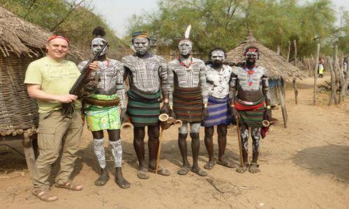 Zdjecie ETIOPIA / Dolina Omo / Wioska plemienia Karo / Plemie Karo