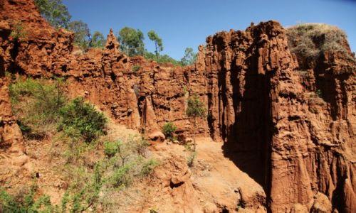 Zdjęcie ETIOPIA / Dolina Omo / Gesuba / Formacje skalne