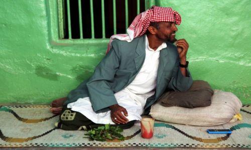 Zdjęcie ETIOPIA / Harari / Harar / Zamyślony