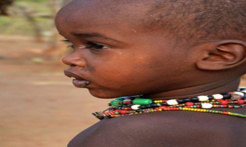 ETIOPIA / okolice Konso / wioska Hamerów / maluch