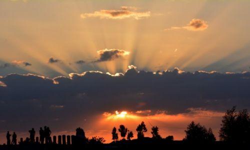 Zdjęcie ETIOPIA / Dolina Omo / w trasie / Nowy dzień