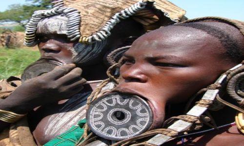 Zdjęcie ETIOPIA / Etiopia Południowa / dolina rzeki Omo  / Twarze Etiopii  - plemie Mursi