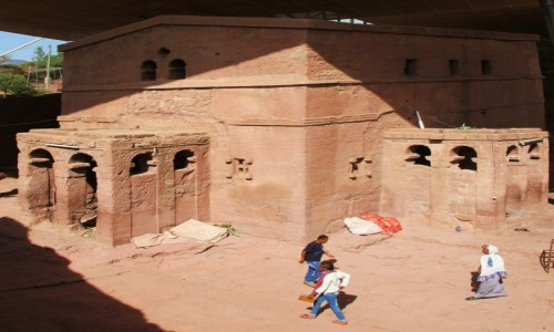 ETIOPIA / Lalibela / Kościół Sw. Maryi / Wykuty z jednej skały