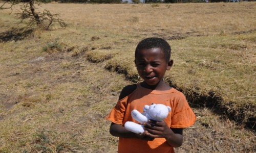 ETIOPIA / Addis Abeba / Okolice... / Szcz�liwe dziecko.......
