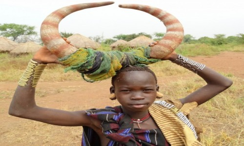 Zdjęcie ETIOPIA / Dolina Omo / Park Narodowy Mago / Mała Mursi