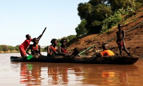Zdjęcie ETIOPIA / Dolina Omo / Wioska Dasench  / Przeprawa