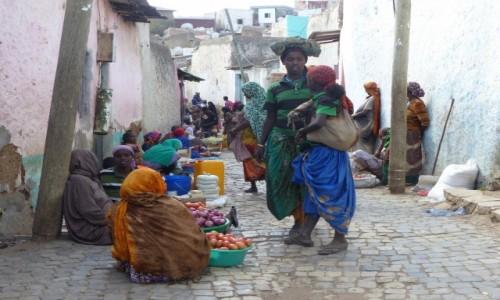 Zdjęcie ETIOPIA / Połnoc / Harar / Uliczki w Harar-arze