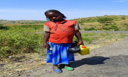 Zdjecie ETIOPIA / Południe / gdzieś po drodze / Buciki