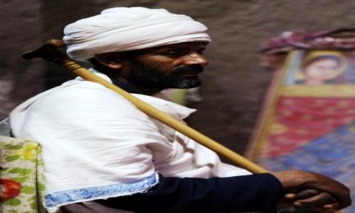 Zdjęcie ETIOPIA /  Amhara / Lalibela  / Strażnik świątyni