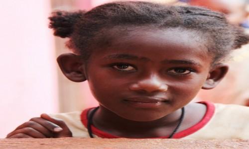 Zdjecie ETIOPIA / Dolina Omo / Gesuba  / Spojrzenie