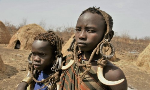 Zdjecie ETIOPIA / Południe / Okolice jeziora Turkana / Panny Mursi