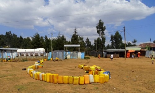 Zdjecie ETIOPIA / Addis Abeba / wzgórze Entoto / Historia żółtego kanistra 3