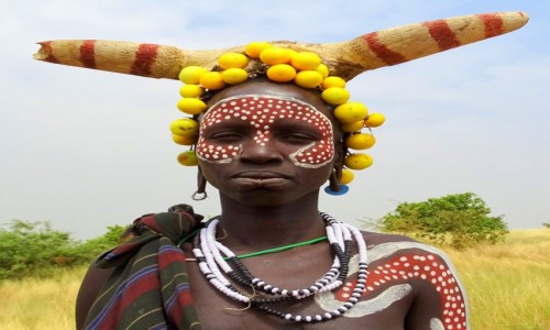 ETIOPIA / Południe / tereny plemienia Mursi / Pani Mursi (bez tabliczki)