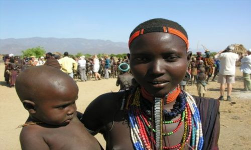 Zdjęcie ETIOPIA / Dolina rzeki Omo / brak / Matka