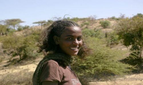 Zdjecie ETIOPIA / Północna Etiopia / Północna Etiopia gdzieś po drodze / Miejscowa piękność
