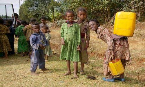 ETIOPIA / Północna - środkowa Etiopia / Północna Etiopia gdzieś po drodze / Uśmiech mimo wszystko